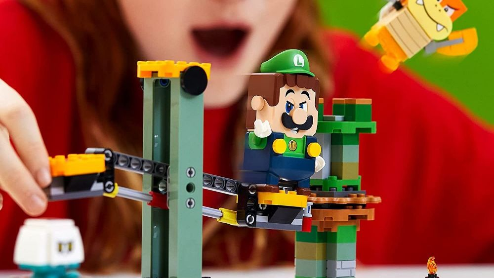 The cowardly brave LEGO Luigi out this July