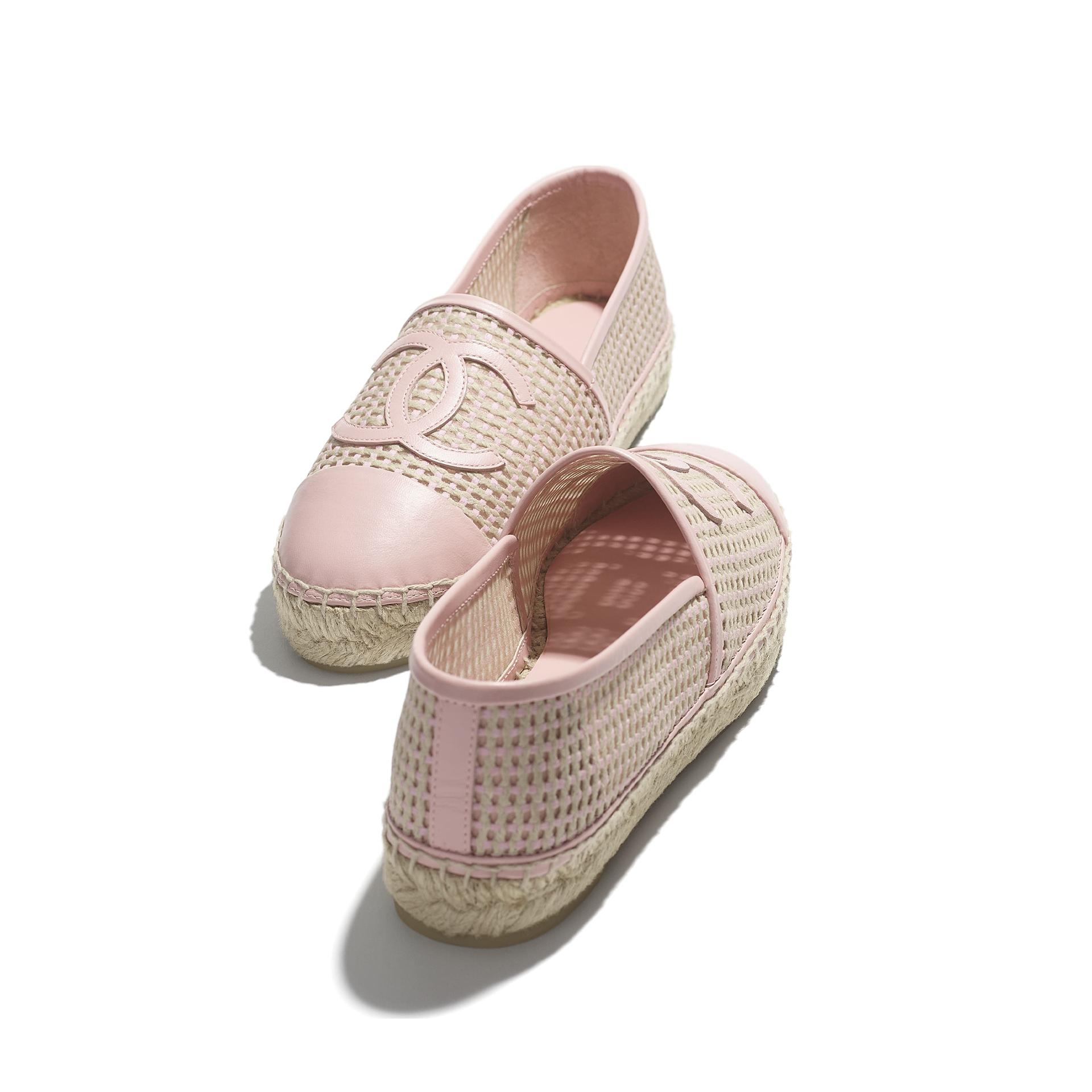 Spring designer shoe trends