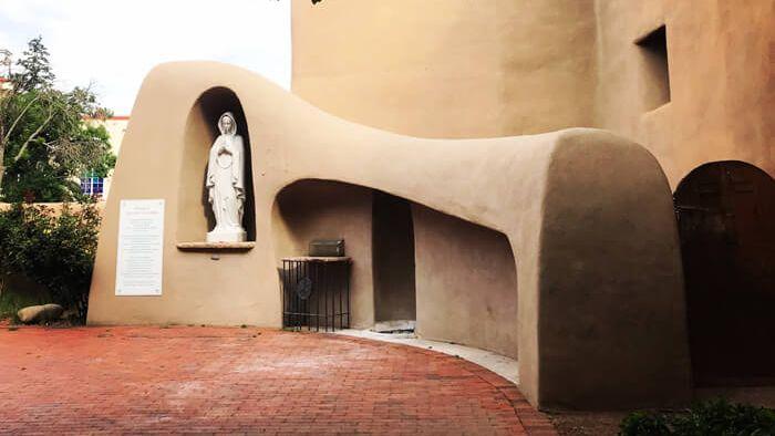 Santa Fe modern, Rosario Chapel Garden, 2019. Courtesy Rachel Preston Prinz.