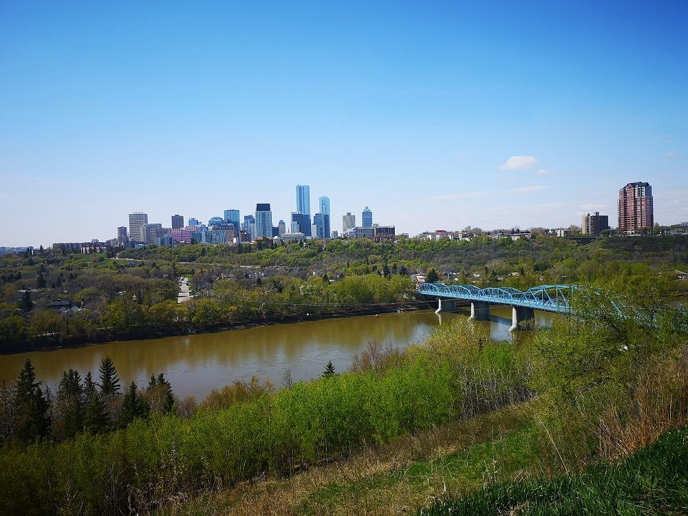 A photo of the North Saskatchewan river.