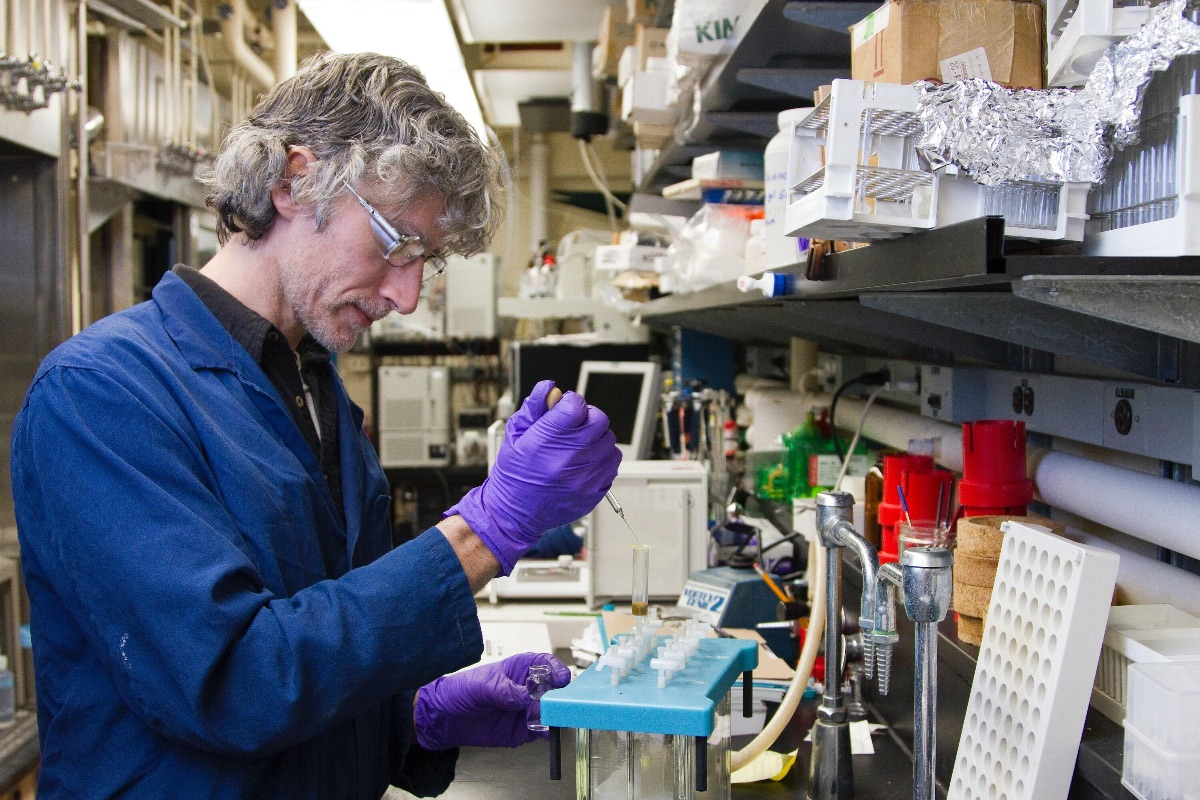 New initiative launches to showcase Alberta as a major hub for medical research