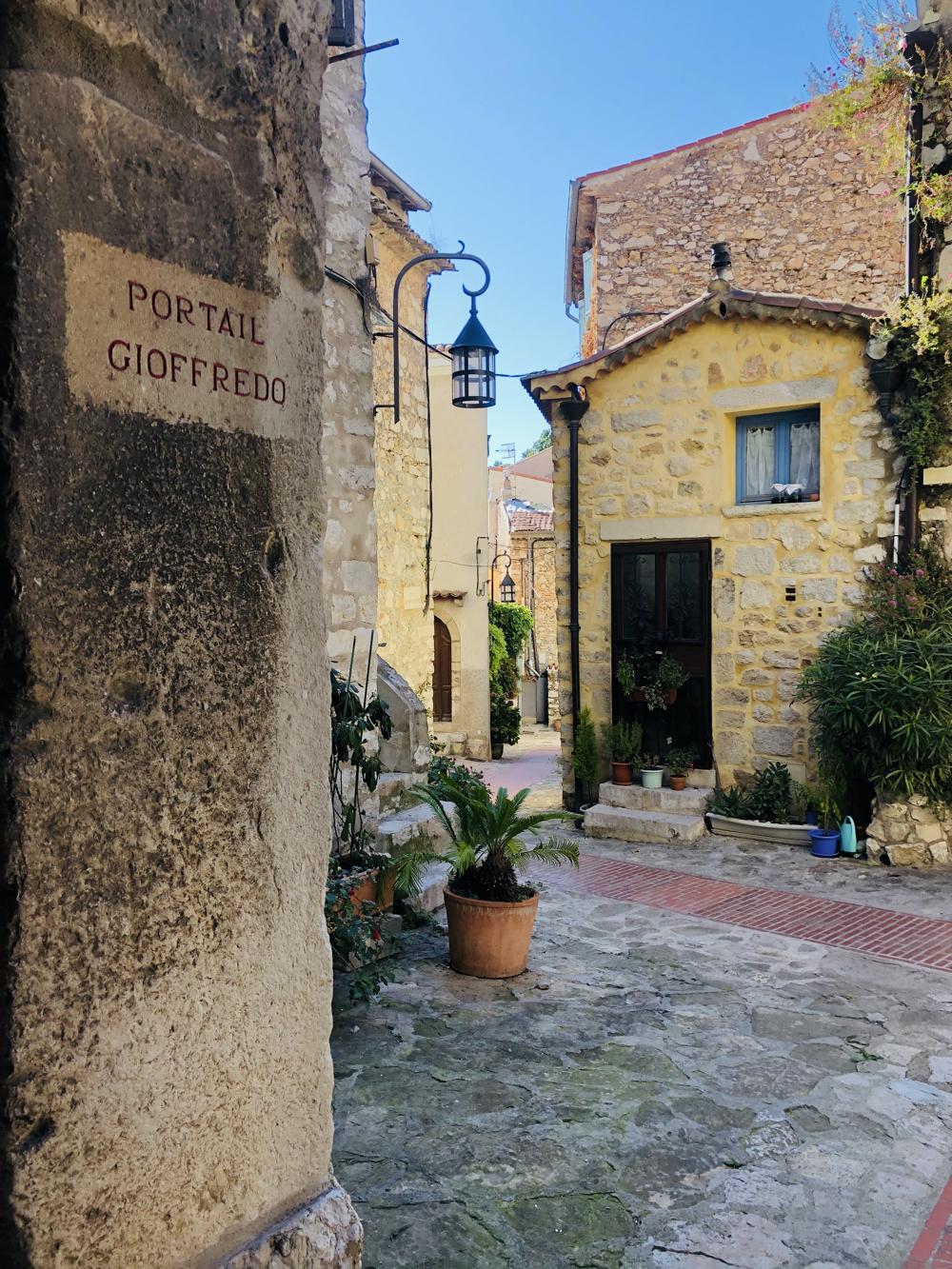 Village Street in La Turbit