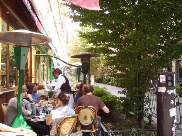 Café Life in Paris