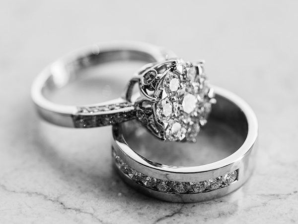 Engagement-Ring-and-Wedding-Band