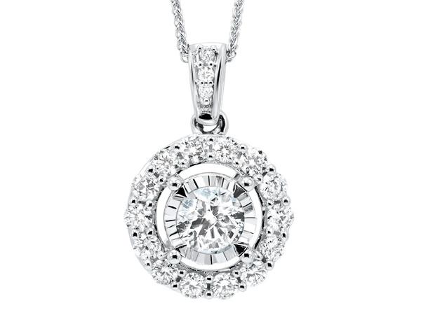Halo diamond necklace