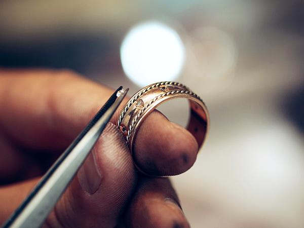 Jewelry re-styling