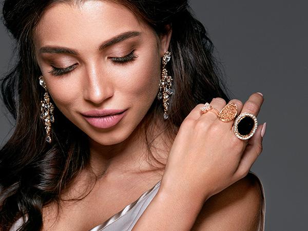 Women`s Fashion Ring