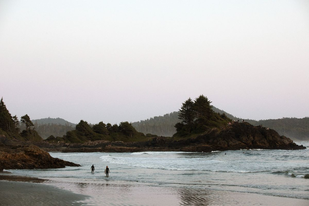 two people on a tofino beach