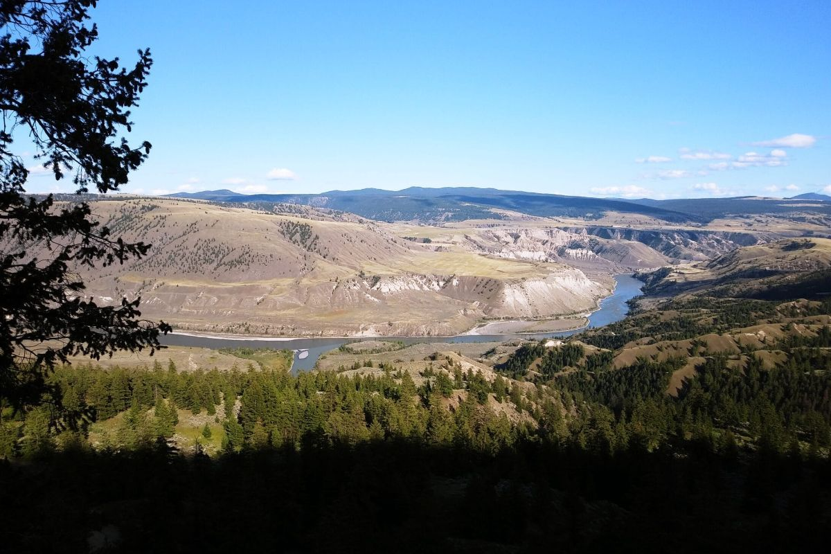 A view of the Fraser River, south of Williams Lake.