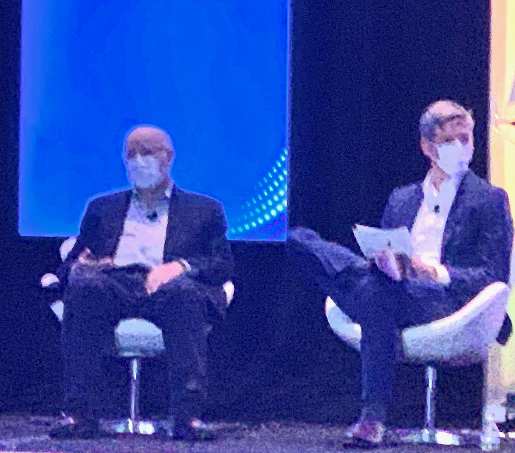 David R Kotok & Matt Hougan wearing masks at Inside ETFs Conference