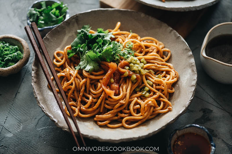 Wuhan hot dry noodles from Omnivores Cookbook