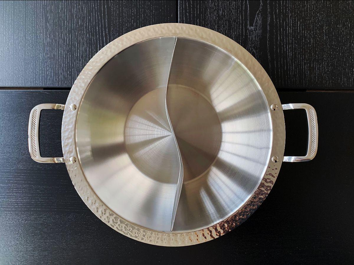 Heavy gauge stainless steel hot pot
