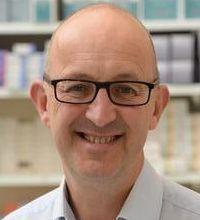 Dr Ian Maidment
