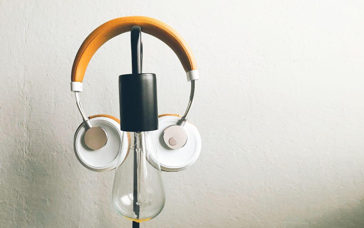 Photo of headphones and lightbulb