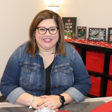 Photo of Stephanie Hinojosa