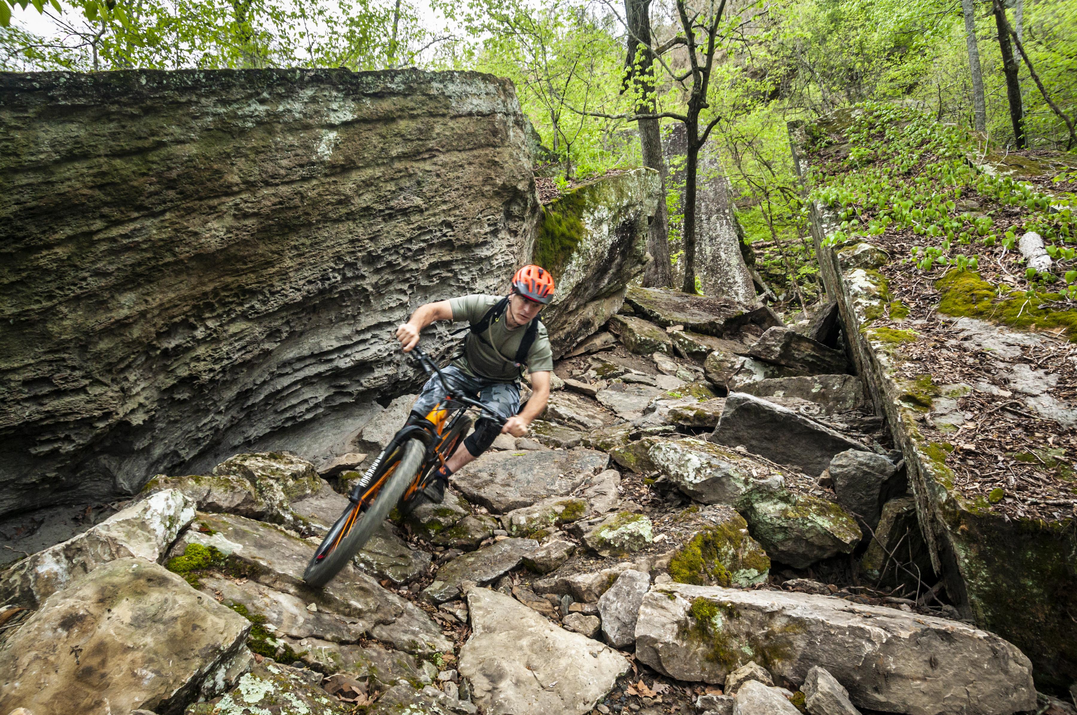 Devil's Den State Park Monument Trails