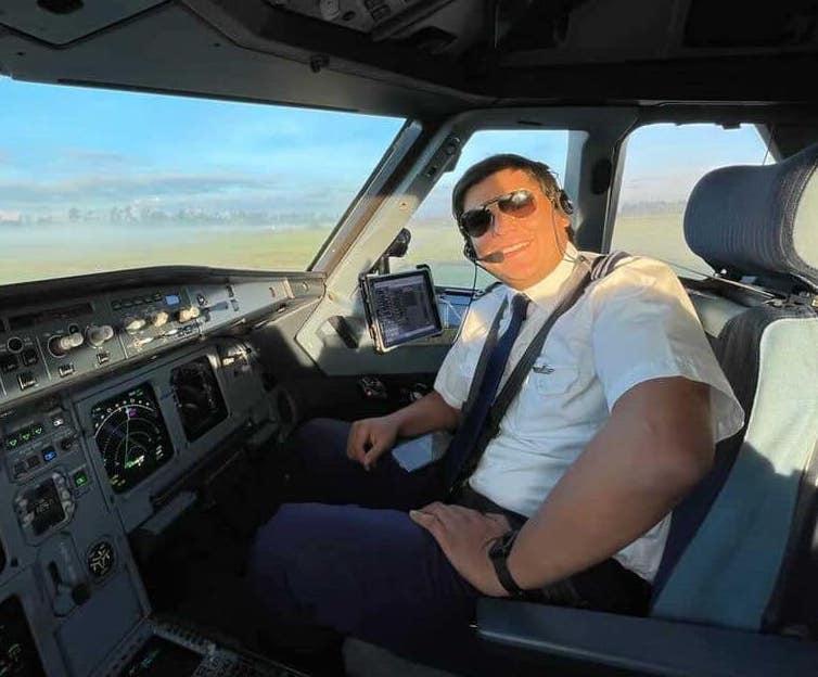 First Officer Carlos Quintero