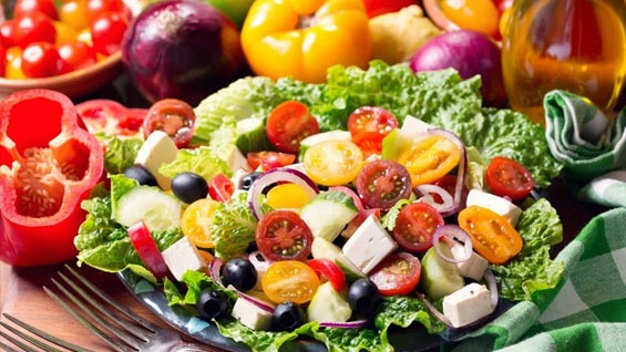 COVID-19: Eating Well, Controlling Diabetes and Blood Pressure Important