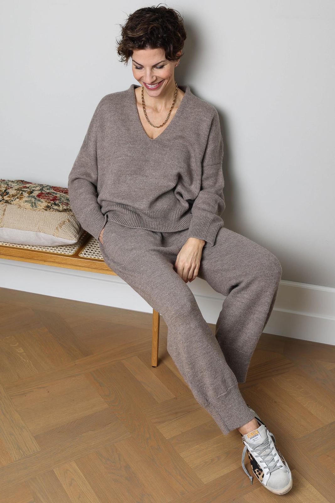 Lauren Manoogian, Vestibule, Zurich