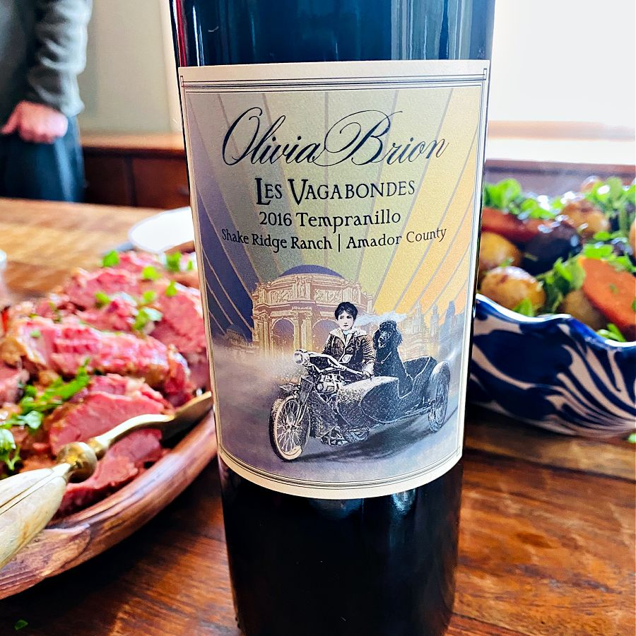 Olivia Brion Tempranillo at the dinner table