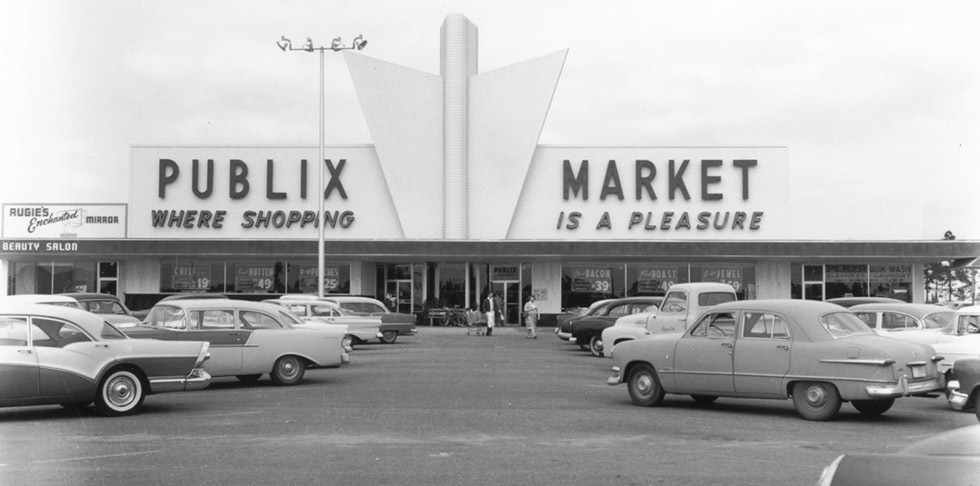 Black and white photo of an early Publix supermarket
