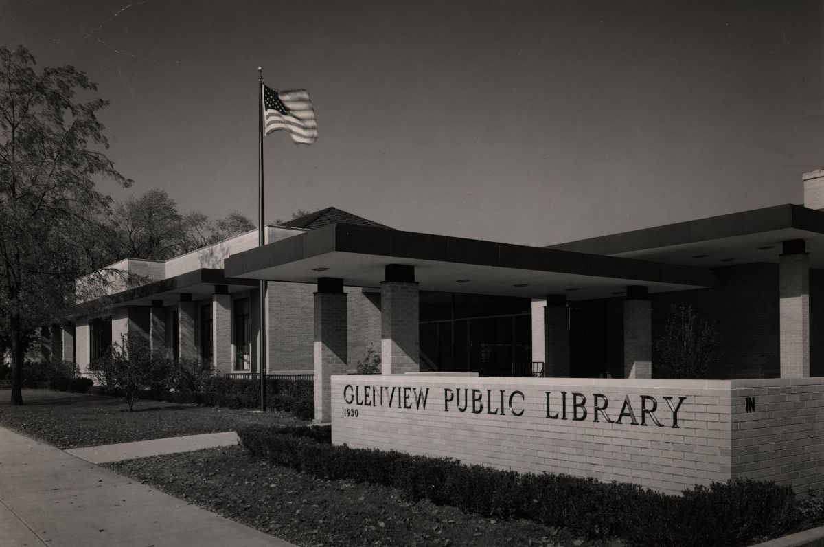 1968 - New Library addition increases the collection to 110,000 volumes.