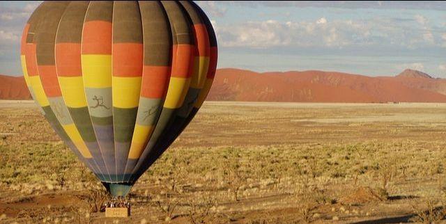 Luchtballon in Namibië