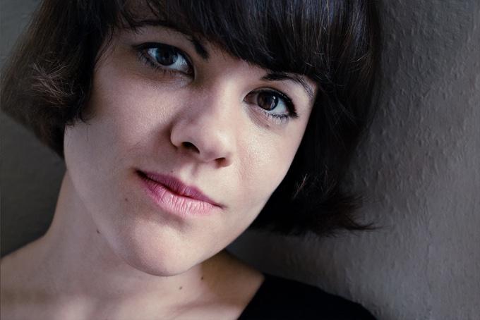 Dana Buchzik